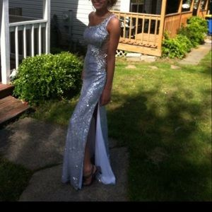 Dresses & Skirts - Silver sequin prom dress